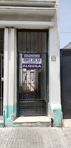 Alquiler Apartamento Tipo Casa En La Comercial, Pb Patio