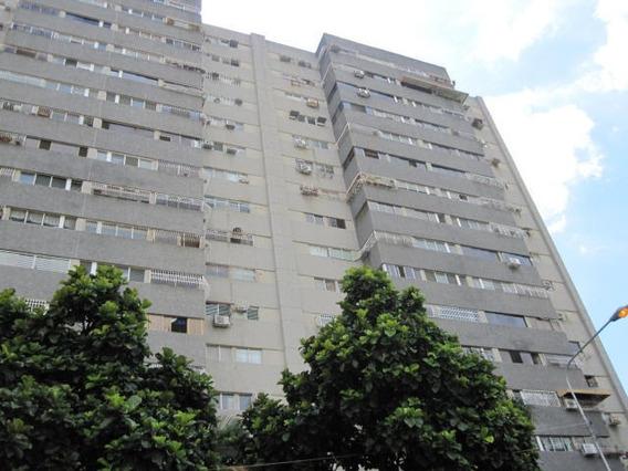 Apartamento En Venta En Base Aragua 19-19568 Jev