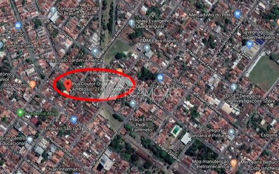 Rua Doutor Olidair Ambrosio, Centro, Sertãozinho - 271369