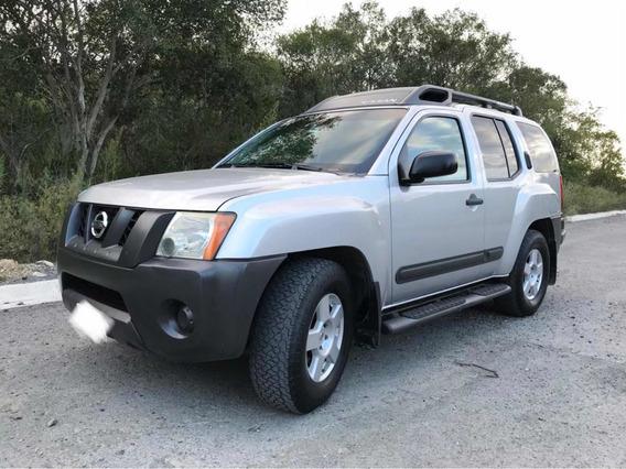 Nissan X-terra 2 X 4