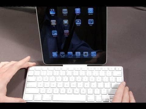 Teclado Dock Apple P/ iPad 1, 2 E 3 iPhone 4 E 4s