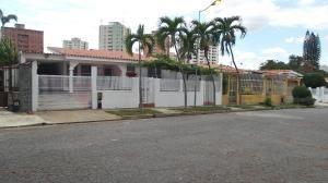 Casa En Venta Trigal Norte Valencia Carabobo 20-8041 Rahv
