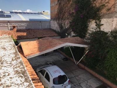 Casa Muy Amplia En Renta En Zona Centro