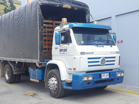 Camion Estacas