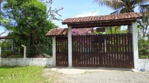 Casa A 2km Da Rodovia Em Itanhaém-sp