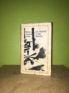 Libro, La Ciudad Y Los Perros De Mario Vargas Llosa.