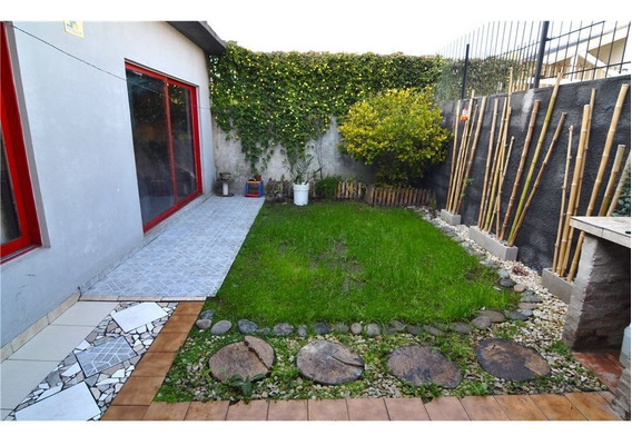 Casa En Venta En Villa Tesei 3 Ambientes