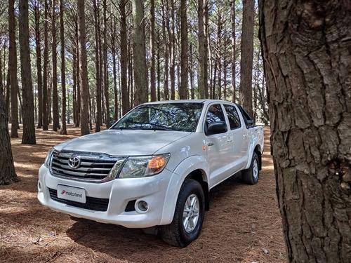 Toyota Hilux 4x4 2.7 2013 Impecable! - Permuto / Financio