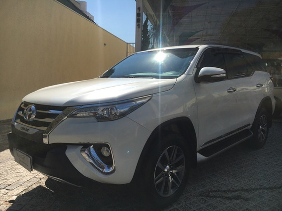 Toyota Hilux Sw4 2.8 Srx 4x4 7 Lugares 16 Turbo