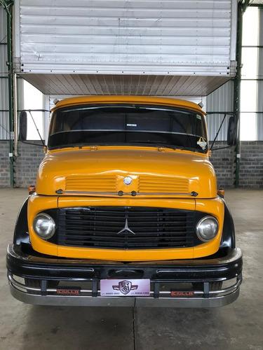 Mercedes Benz 1113 Truck Com Baú