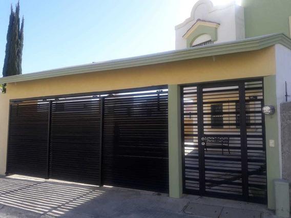Casa En Cienega De Flores, N.l, 270m2, Residencial