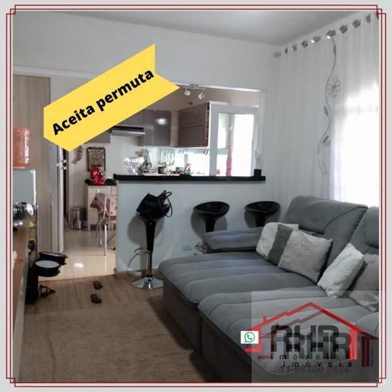 Casa Para Venda Em Poá, Vila Santa Helena, 2 Dormitórios, 2 Banheiros, 2 Vagas - 561_1-1377321