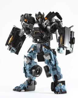Iron Hide Leader Class Transformers Dotm.
