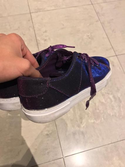 Zapatillas Guess Tornasoladas Unicas