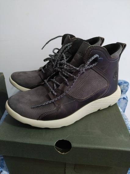 Bota Timberland Flyroam Leather