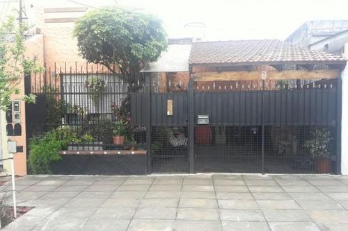Imagen 1 de 14 de Casa Ph En Venta En Parque Avellaneda