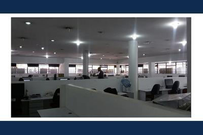 Edificio Comercial (5)