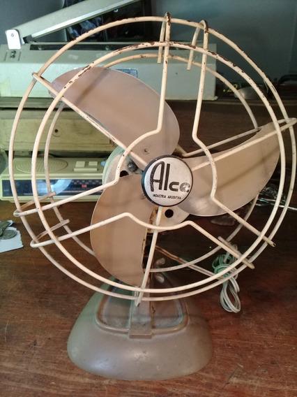 Ventilador De Mesa Marca Alce Diametro 25 Cm Funcionando