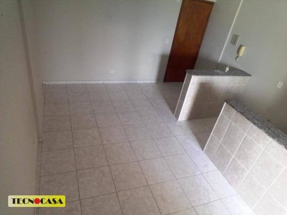Excelente Kitnet Com 01 Dormitório Para Alugar Com 37 M² No Bairro Vila Tupi Em Praia Grande/sp. - Kn0383