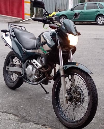 Imagem 1 de 2 de Honda 2004