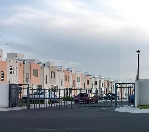 Casa Renta Cerrito Colorado 3 Rec Privada Puerta Eléctrica