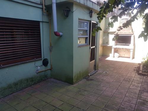 Imagen 1 de 14 de Tipo Casa 5 Amb En Venta Entrada Independiente Barrio Naón.