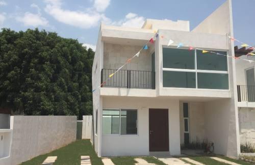 Preciosa Casa En Villas El Roble, Roof Garden, 3 Recamaras, Jardín, Alberca..