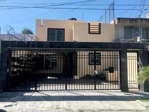 Casa 5 Recs En Venta, Jardines Del Bosque, Guadalajara Jal.