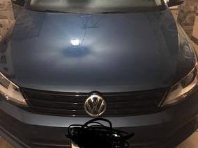 Volkswagen Jetta 2.0 Live At