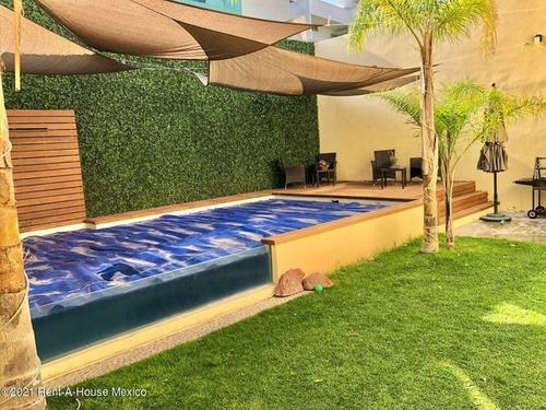 Imagen 1 de 14 de Casa En Venta Con Alberca Propia Y Roof En Cañadas Del Lago Ig