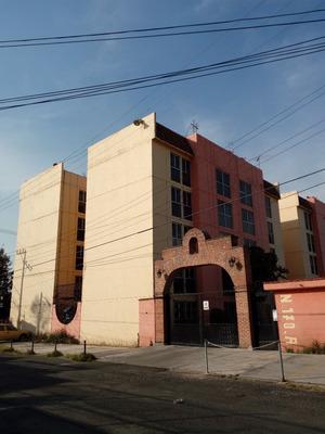 Departamento En Renta De 3 Recámaras, Metro Calle 11