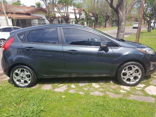 Ford Fiesta Kinetic Design 1.6 Sedan 120cv - 2011