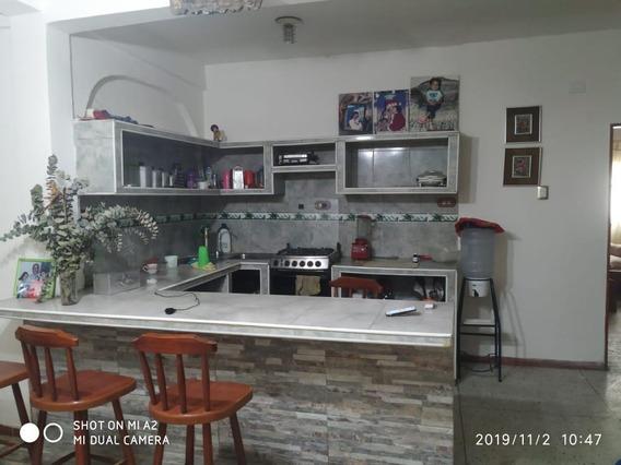Casa En Pleno Centro Del Junquito