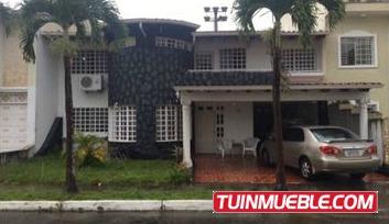 Casa (318mts2) En Urb. Pomarrosa