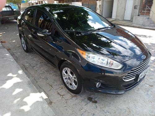 Ford                  New Fiesta  Altomatico