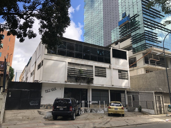 Se Vende Edificio 785m2 Las Mercedes
