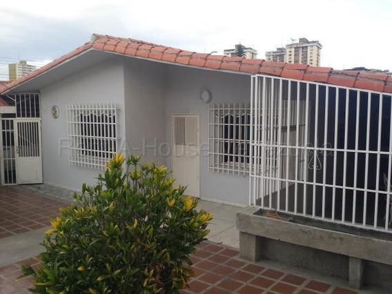 Casa En Venta Urb El Centro Maracay Aragua Mj 20-9091