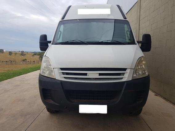 Caminhão Ivéco 55s16