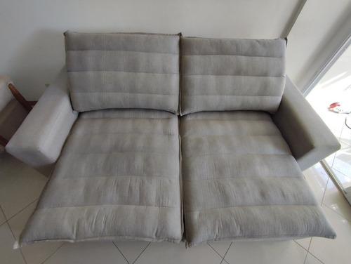 Higienização Do Sofá E Poltrona