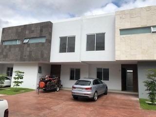 Casa En Renta Jardines De La Victoria.