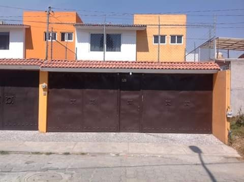 Se Vende Bonita Casa Sola Cerca De Uvm Metepec