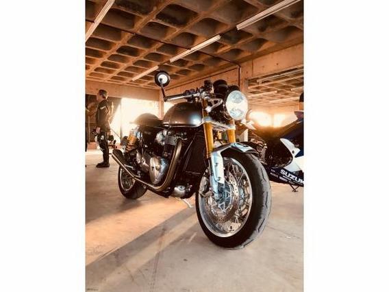 Triumph Thruxton R1200