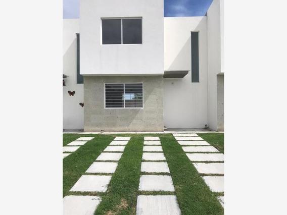 Casa Sola En Renta Fracc, Paseos Del Bosque