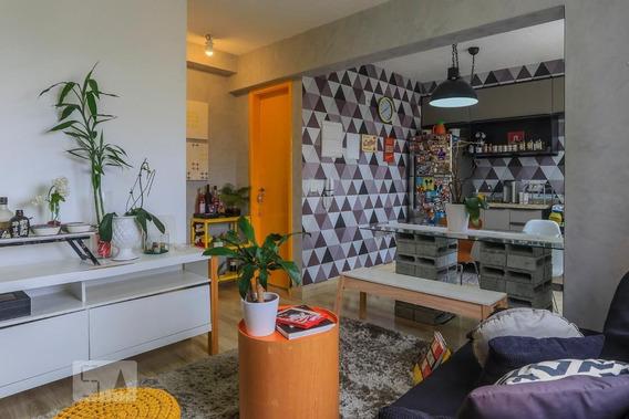 Apartamento No 5º Andar Mobiliado Com 1 Dormitório E 1 Garagem - Id: 892970535 - 270535