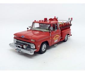 Chevrolet C-20 Pickup Bombeiro Truck 1965 1:18 Sun Star 1383