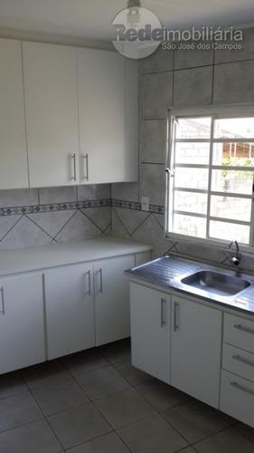 Imagem 1 de 13 de Casa Com 2 Dormitórios À Venda, 130 M² Por R$ 335.000,00 - Jardim Ismênia - São José Dos Campos/sp - Ca4161
