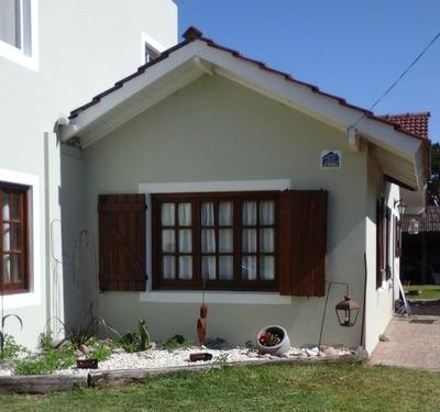 Alquilo Casa En Ostende Para 6 Personas Con Pileta Y Quincho