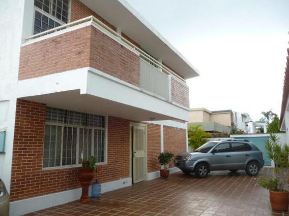 Casa En Venta Mls #20-8284 Cumbres De Curumo