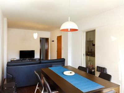 1 Dormitorio En Pleno Centro Con Cochera Y Amplio Balcón