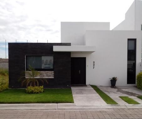 Querétaro, Santa Elena, Casa En Venta!